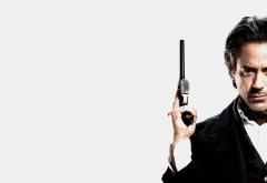 Шерлок Холмс на белом фоне