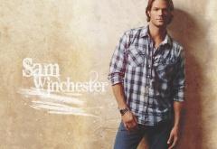 Сэм Винчестер в клетчатой рубашке