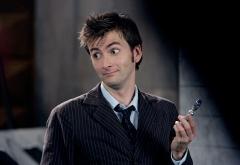 Десятый Доктор с отверткой