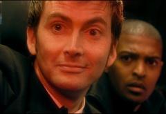 Доктор и Микки в машине с Проповедниками