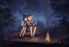 Славя и Лена у костра