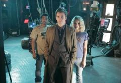 Доктор, Роуз и Микки